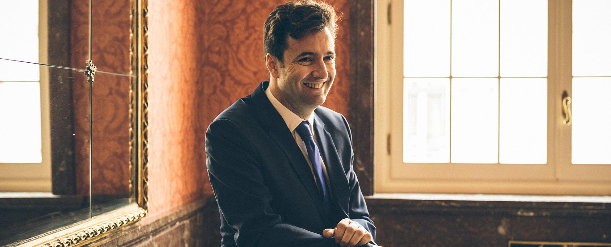 Noticias del director de orquesta español Óliver Díaz